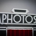 'Photos' sign